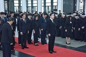 Lãnh đạo các nước và bạn bè quốc tế viếng Chủ tịch nước Trần Đại Quang