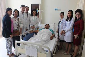 Cứu sống bệnh nhân Campuchia bị u phổi bằng phương pháp nội soi lồng ngực