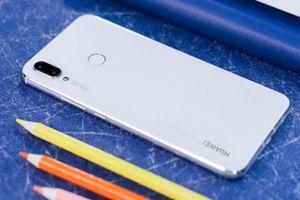Huawei nova 3i có thêm phiên bản trắng ngọc trai, mặt lưng chuyển màu
