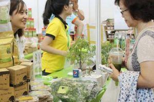 Người Việt ngày càng chuộng thức ăn nhanh có 'vị truyền thống'