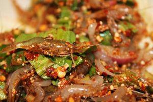 Món ăn kinh dị của Thái Lan, thực khách vừa ăn vừa run