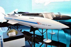 Máy bay Su-57 sẽ được trang bị tên lửa siêu thanh R-37M