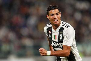 Ronaldo góp công, Juventus vô đối ở Serie A