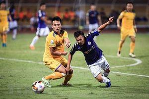 V-League 2018 hạ màn sớm thày Park khó tuyển quân?