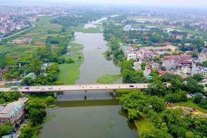 Sông hồ ở Hà Nội đang ô nhiễm trầm trọng: Hệ lụy từ nước thải