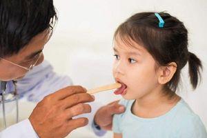 Trẻ bị viêm họng nên ăn gì để nhanh lành bệnh?