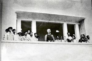 NSƯT Tiến Hợi hóa thân vào vai Bác Hồ trong cuộc gặp lich sử 60 năm về trước