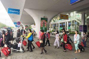 Tân Sơn Nhất, Đà Nẵng, Nội Bài 'hút' gần hết khách đi máy bay