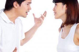 Sợ hãi với tình yêu như 'ngáo đá', ghen tuông sẵn sàng mang dao đến dọa