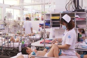 Bệnh tay chân miệng tăng đột biến tại TPHCM: Trường học chủ động phòng dịch