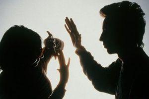Thanh Hóa: Chồng ghen tuông cầm dao đâm chết vợ trong đêm