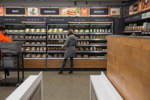 Amazon mở cửa hàng truyền thống 4 sao