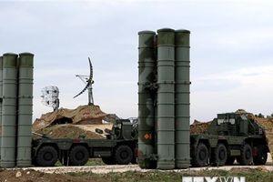 Ấn Độ mua 5 hệ thống tên lửa phòng không S-400 của Nga