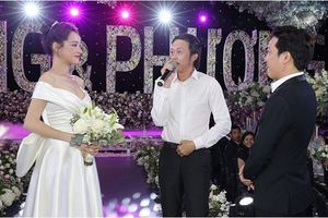 Clip: Hoài Linh đích thân hát tặng ca khúc mừng đám cưới Trường Giang - Nhã Phương