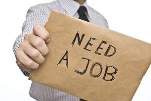 Gần 127.000 cử nhân thất nghiệp: Sinh viên hãy dừng than vãn nếu từng chê việc vì những lý do trên trời như thế này