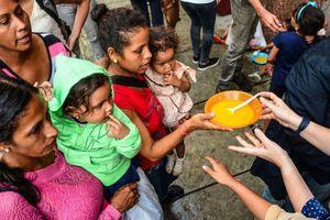 Venezuela: Hàng trăm đứa trẻ bị cha mẹ bỏ rơi trên bước đường tha phương