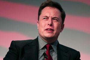 'Ông chủ' Tesla bị kiện vì tội gian lận, cổ phiếu lao dốc