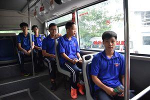 Nhiều trải nghiệm trên tuyến xe buýt màu xanh