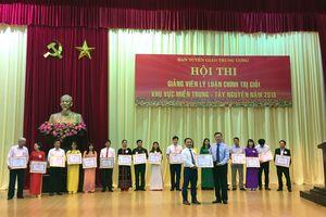 Thí sinh Dương Thanh Hải giành giải Nhất Hội thi Giảng viên lý luận chính trị giỏi khu vực miền Trung - Tây Nguyên