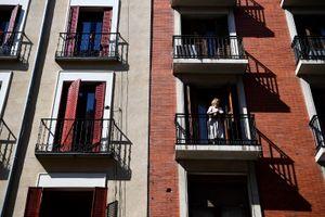 Bão giá nhà, người Tây Ban Nha lo cảnh 'vào rừng mà sống'