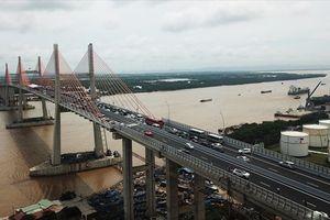 Tìm lời giải cho bài toán phát triển hạ tầng giao thông