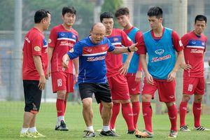 Tuyển thủ Singapore chỉ ra 3 ứng viên vô địch AFF Cup 2018
