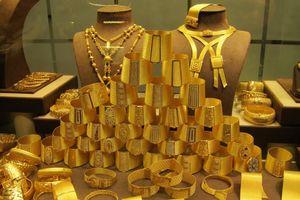 Cuối tuần, giá vàng đảo chiều tăng theo thế giới