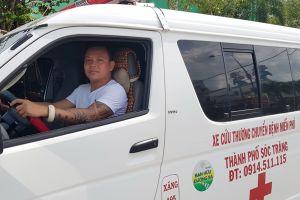Sóc Trăng: Chủ tiệm cửa sắt mua ô tô để chuyển bệnh nhân miễn phí