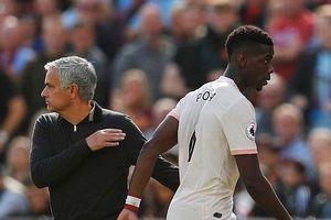 Man Utd bại trận, Mourinho lâm nguy