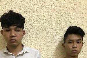 Bắt giữ nam thanh niên 9X cầm dao gí vào cổ cướp xe máy Grab trong đêm