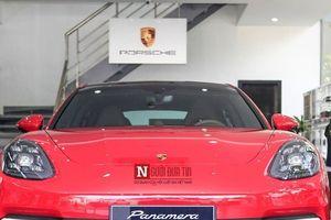 Porsche Panamera 2018 màu độc, giá hơn 6 tỷ xuất hiện tại Hà Nội