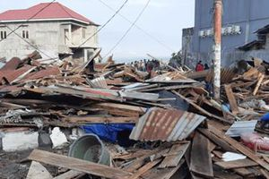 Đảo Sulawesi nhìn như ngày tận thế sau động đất, sóng thần liên tiếp