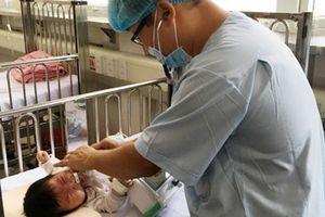 Hơn 23.000 trẻ nhập viện bởi bệnh tay - chân - miệng