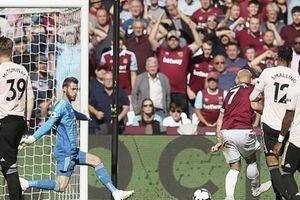 West Ham 3-1 Man Utd: Quỷ Đỏ gục ngã tại London