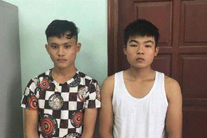 2 thanh niên rủ nhau chặn xe cướp tài sản ở Hà Nội