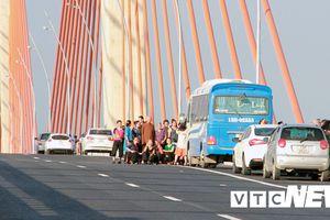 Quảng Ninh chốt ngày thu phí và mức phí các loại xe qua cầu Bạch Đằng