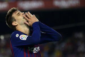 Pique bị chỉ trích dữ dội sau trận hòa của Barca
