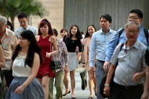 Vì sao Singapore thưởng tiền cho 2,8 triệu công dân?