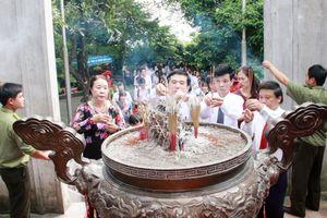 Ngành GD&ĐT Phú Thọ báo công trước anh linh các Vua Hùng