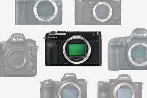 So sánh kích thước của Fujifilm GFX 50R với các máy ảnh khác