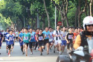 1.500 người tham dự giải chạy báo Hà Nội mới 2018