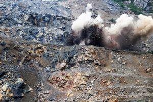 Người dân giữ cán bộ vì việc khai thác đá gây ảnh hưởng đến đời sống