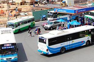 TP HCM dừng nhiều tuyến buýt vì ế khách