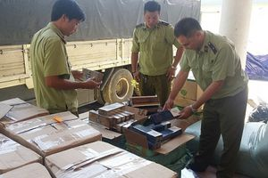 Quảng Bình: Bắt giữ lô hàng lậu có giá trị hàng trăm triệu
