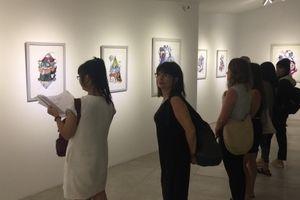 Chàng trai Hà Nội kể chuyện văn hóa qua triển lãm Vảy | Mực