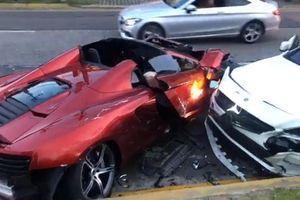 McLaren 650S Spider 'tan nát' sau khi va chạm với Mercedes-Benz CLA
