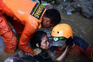 Sức hủy diệt của thảm họa động đất, sóng thần ở Indonesia vẫn chưa kết thúc