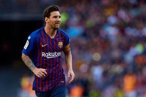 Messi thất vọng vì hàng thủ sau chuỗi trận đáng quên của Barca