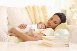 Hết thời gian nghỉ thai sản, vẫn yếu, phải làm sao?
