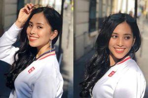 Hoa hậu Trần Tiểu Vy khoe vẻ trẻ trung, cá tính tuổi 18 dạo phố Paris